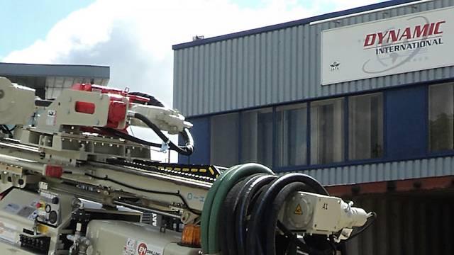 Transporting mining equipment